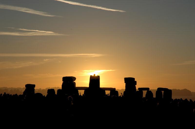La Salida del Sol del Solsticio en Stonehenge