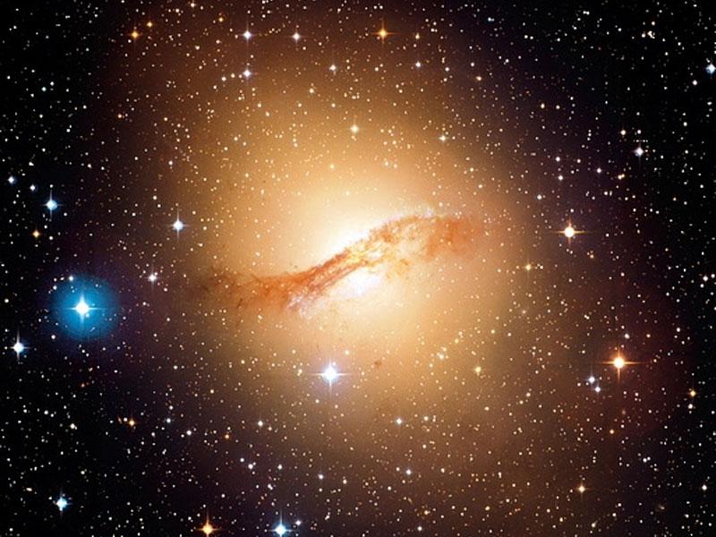 La galaxia elíptica Centauro A desde el CFHT