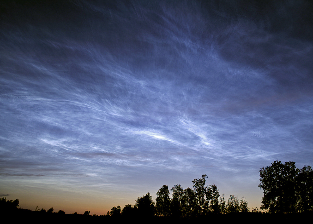 Mysteries of the Noctilucent Clouds .... no longer a ...