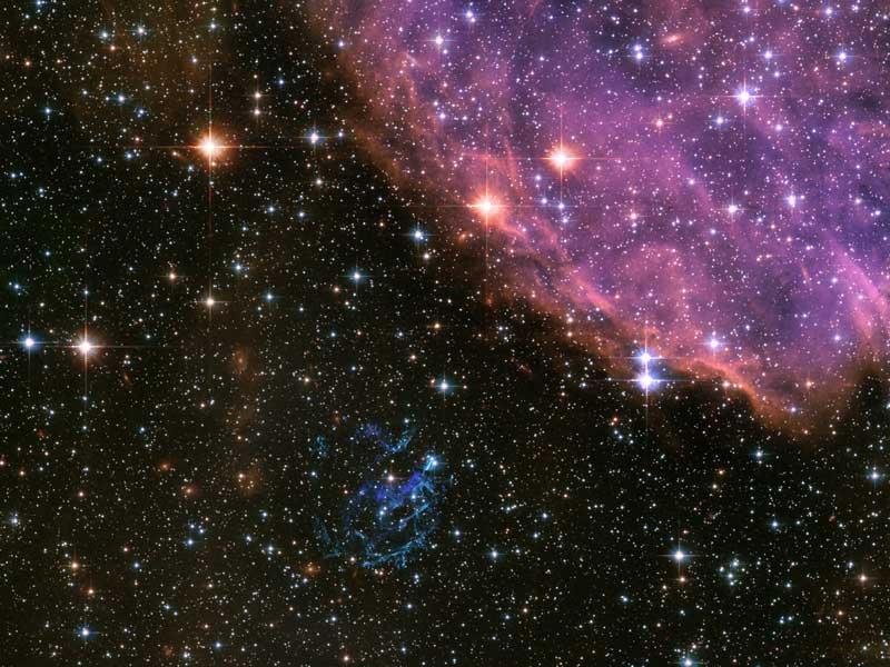 El remanente de la supernova E0102 visto por el Hubble