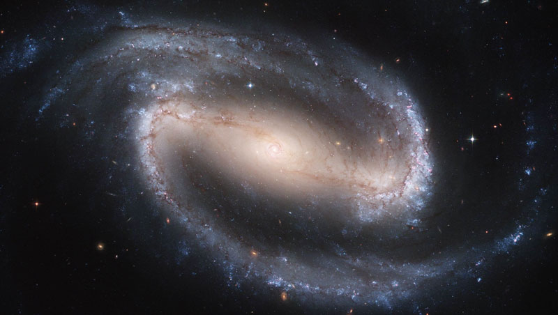 La galaxia espiral barrada NGC 1300