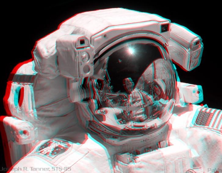 STS-115: Retrato Estéreo