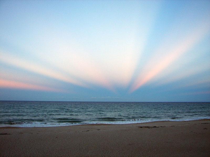 Rayos anticrepusculares sobre Florida