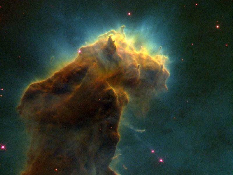 «Huevos» de estrellas en la Nebulosa del Aguila