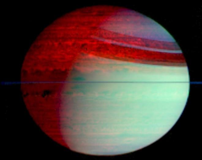 Saturno en luz Infrarroja