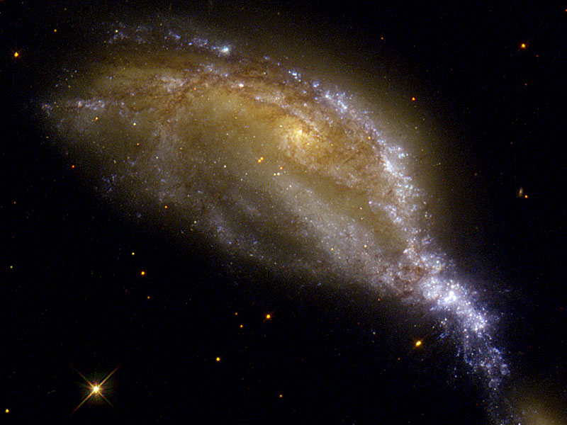 Colisión de galaxias en NGC 6745