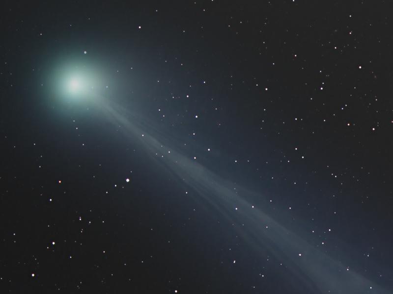 La fastasmal cola del cometa CISNE