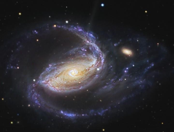 V ramenech NGC 1097