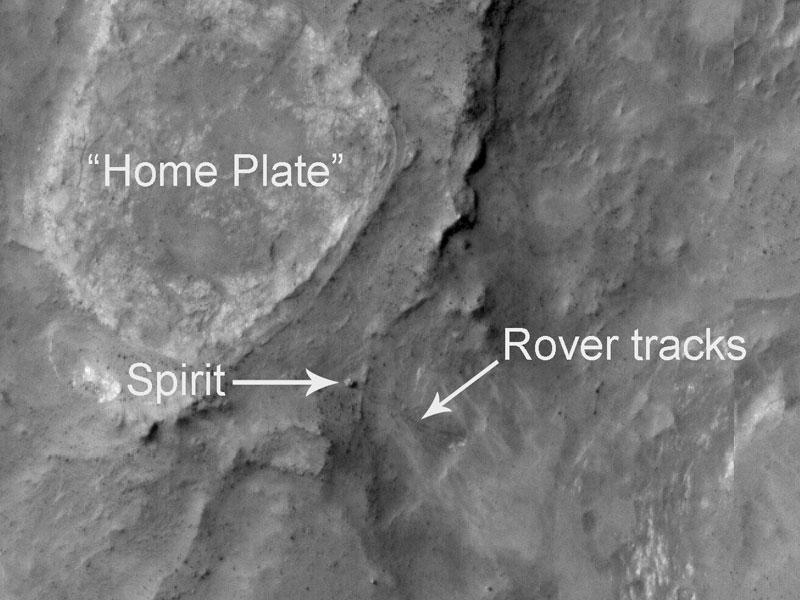 El robot Spirit en Marte, fotografiado desde la órbita