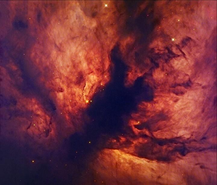 Primer plano de la Nebulosa de la Llama