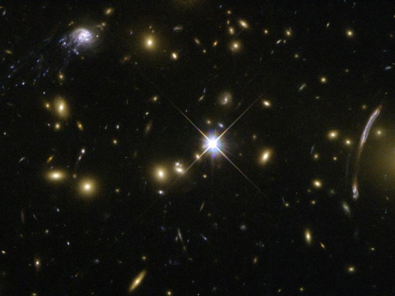 Ilusión y evolución en el cúmulo de galaxias de Abell 2667