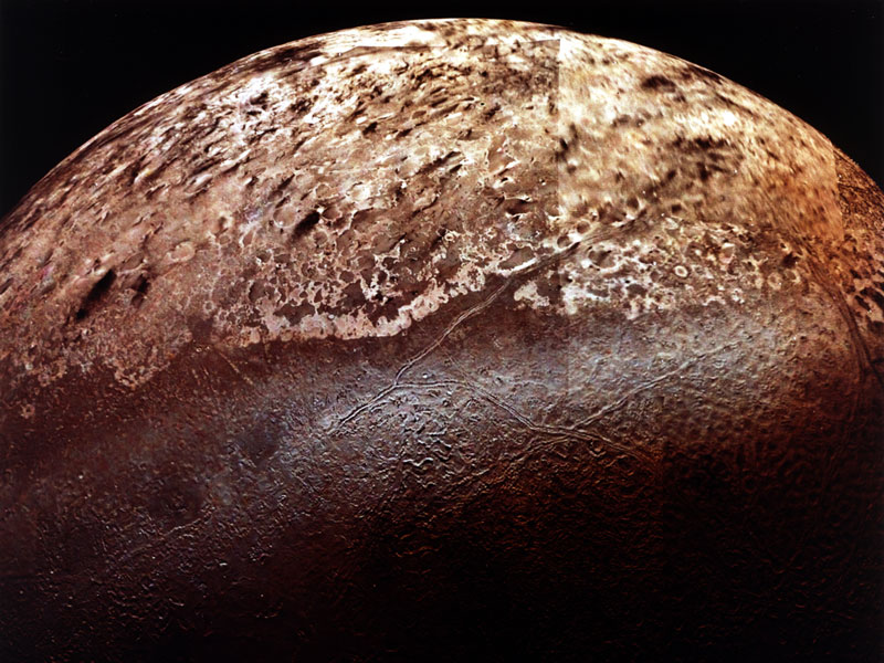 Tritón: La majestuosa luna de Neptuno