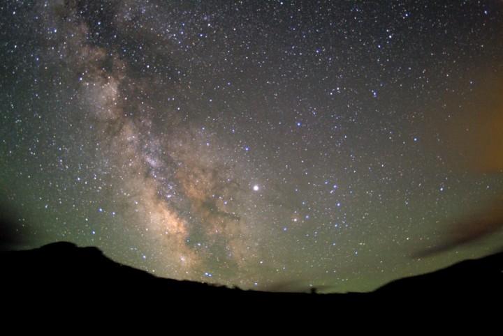 Júpiter, Vesta y la Vía Láctea