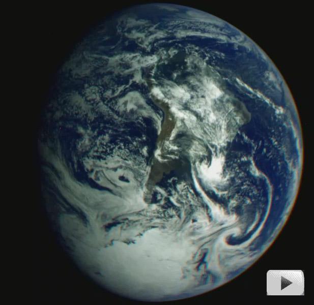 La Tierra rotando desde el Galileo