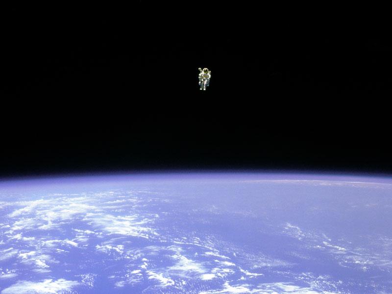 Volando por el espacio