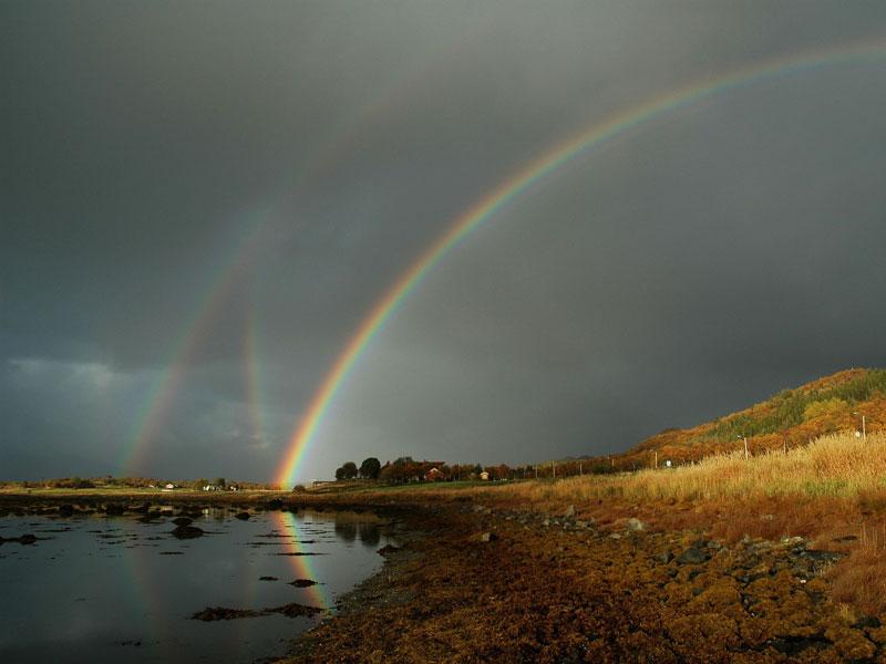 Seis arcos iris en Noruega