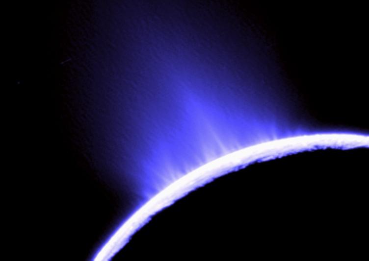 Los surtidores de hielo de Encélado