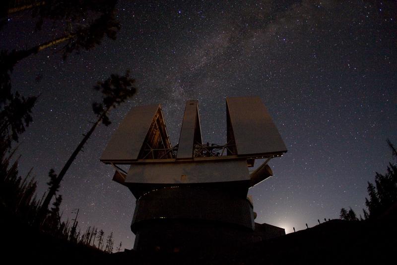 El Gran Telescopio Binocular