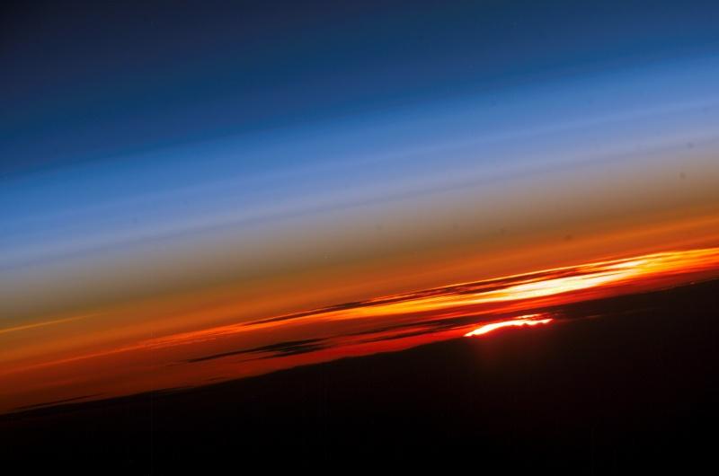 Puesta de sol: planeta Tierra