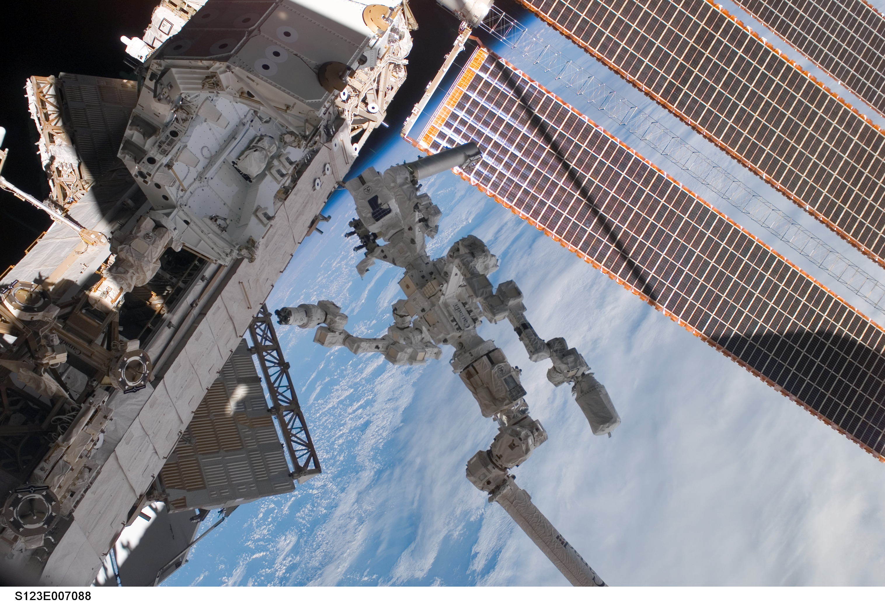 nasa space station robot - photo #6