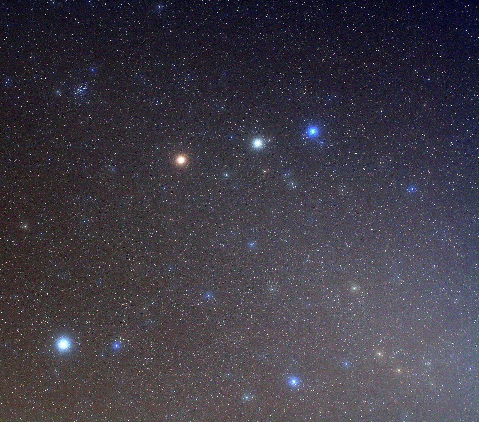 stern am westlichen abendhimmel
