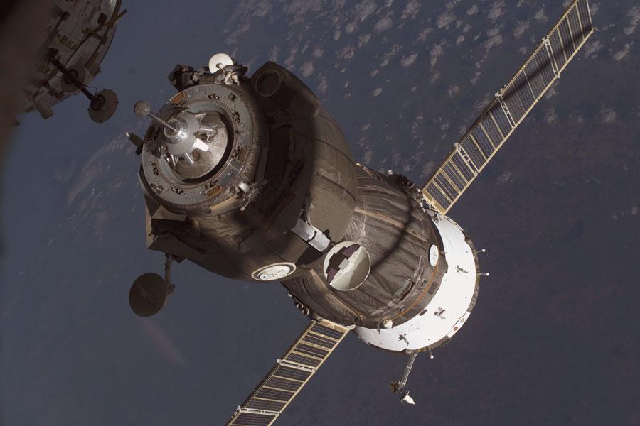 Una nave de suministro atraca en la Estación Espacial Internacional