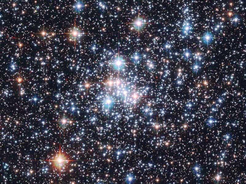 Cúmulo Abierto NGC 290: un joyero estelar