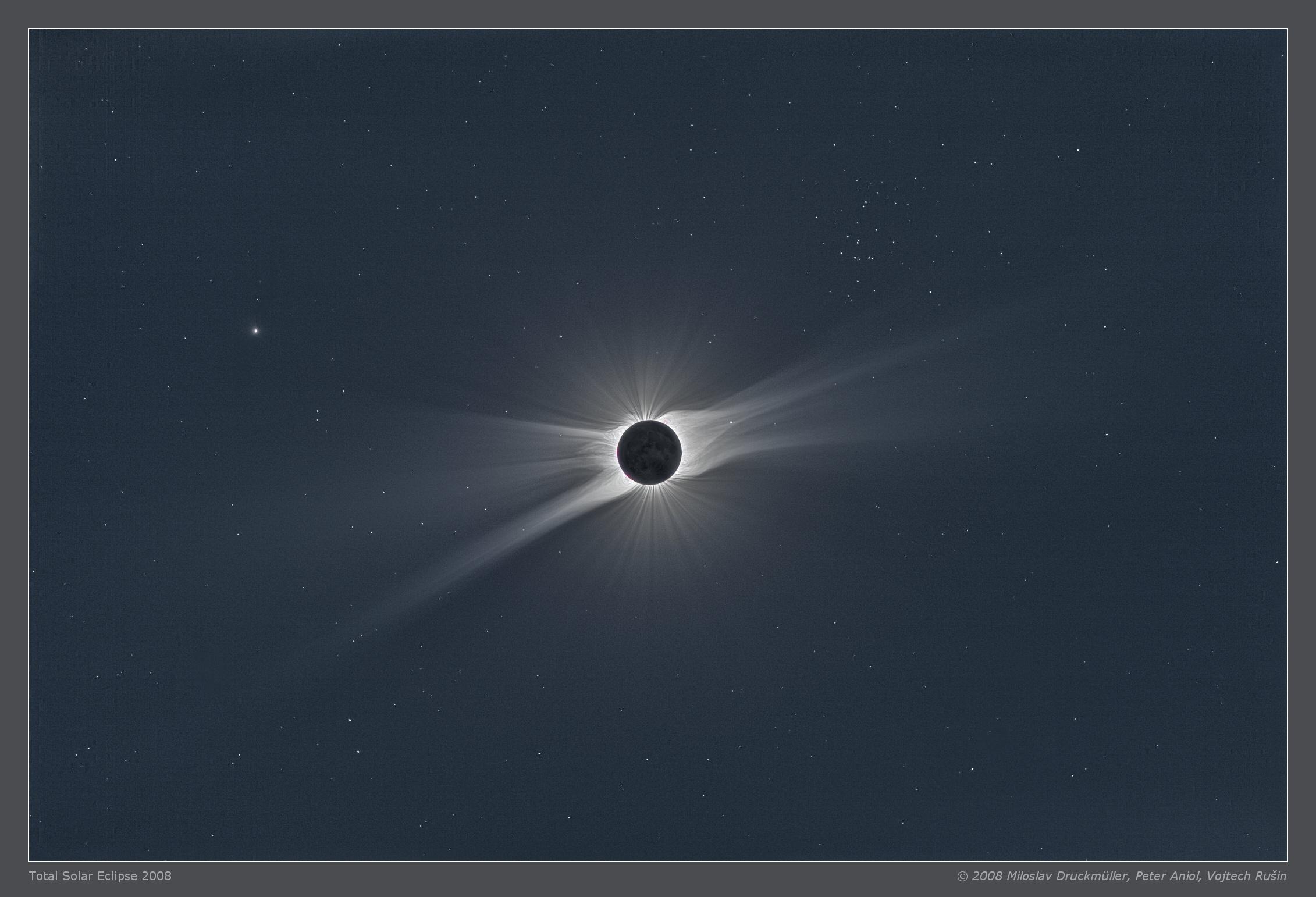 Eclipse solar completo con la luna