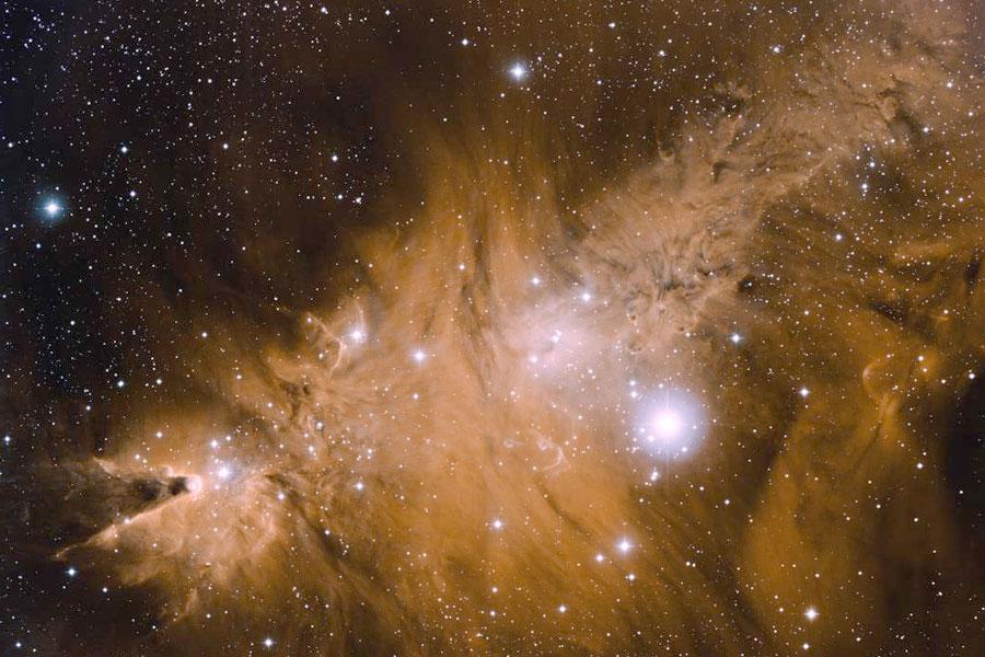 En las inmediaciones de la Nebulosa del Cono