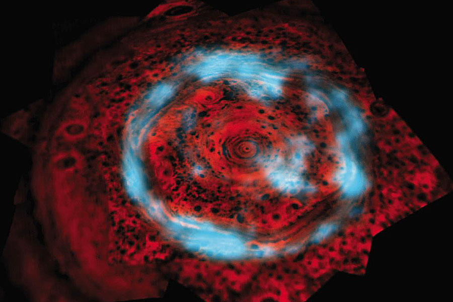 Auroras inusuales sobre el Polo Norte de Saturno