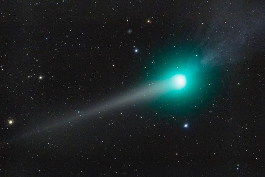 Las dos colas del Cometa Lulin