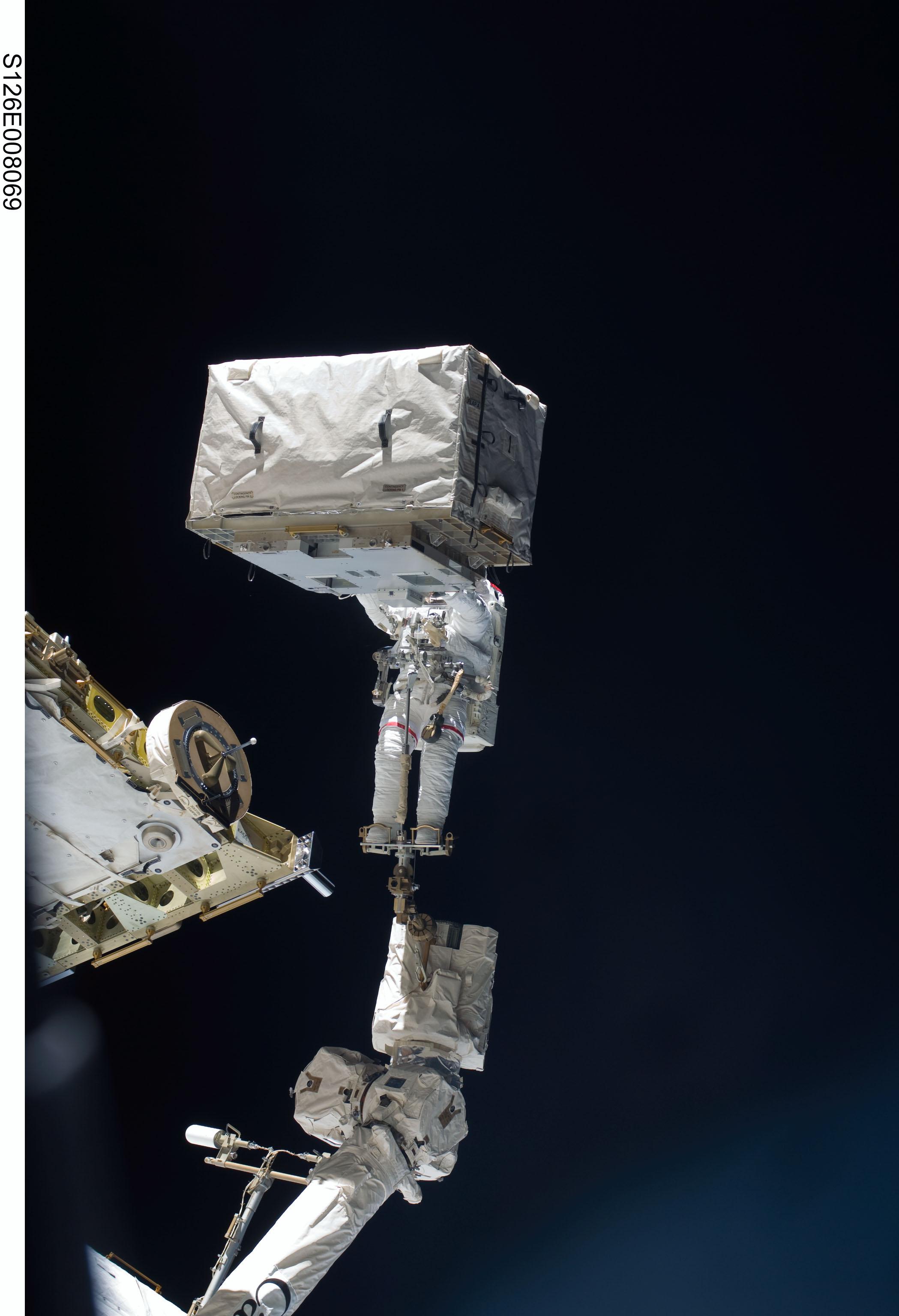 Space - Astronaut's Head Upgraded During Spacewalk   Alien ...