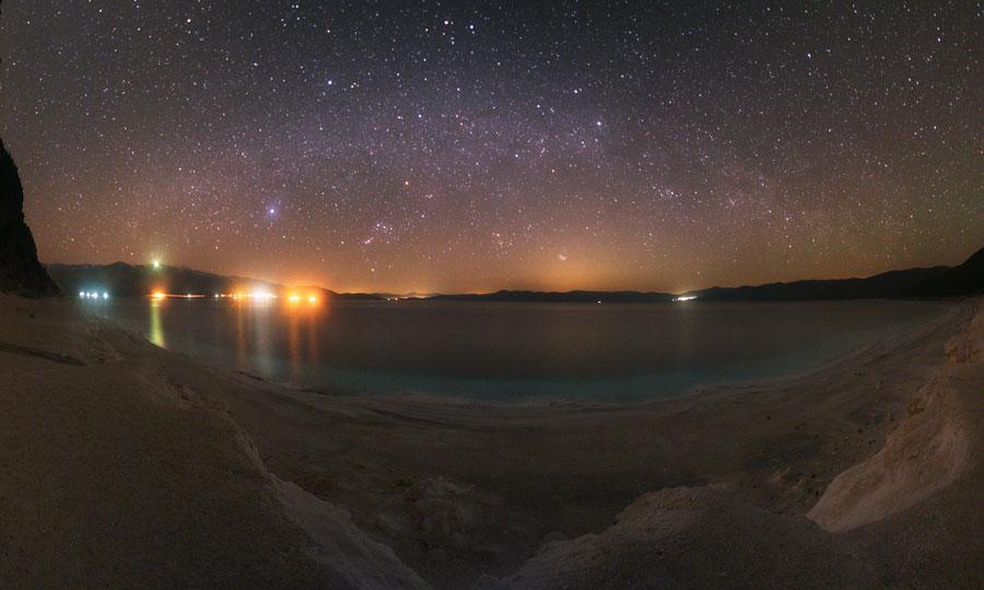 Paisaje celeste sobre el Lago Salda