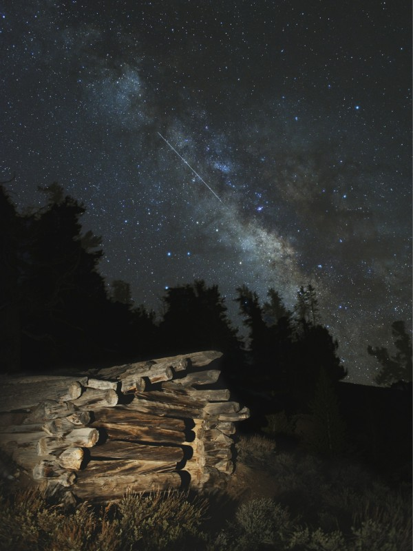 Meteoro Lírida y la Vía Láctea