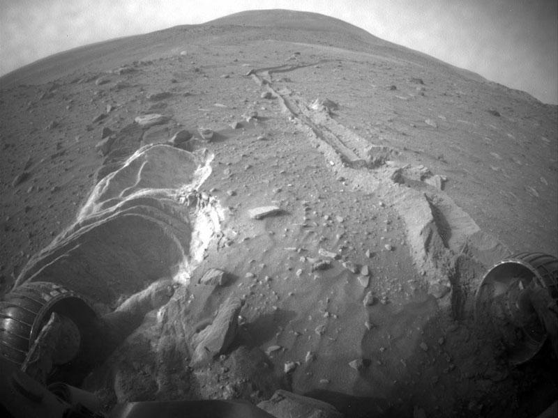 El Spirit encuentra terreno blando sobre Marte