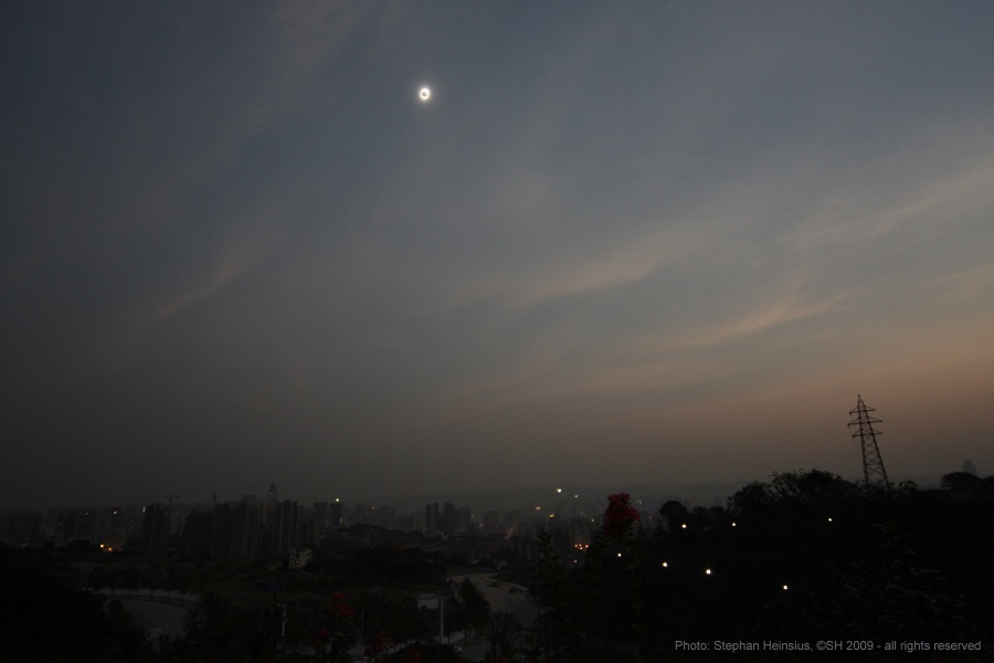 Eclipse sobre Chongqing, China