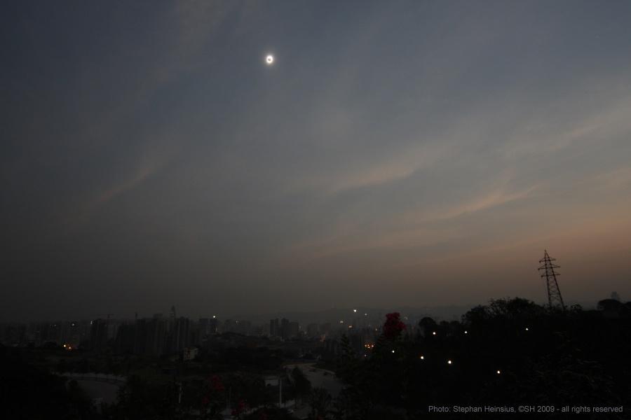 Eclipse sobre Chongqing, China