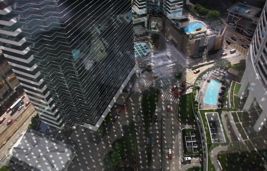 图片说明:07.22日食当天的一座大厦奇景,版权:Alfred Lee