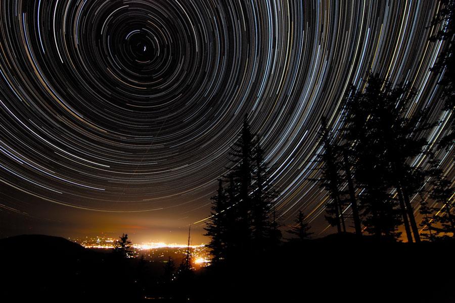 Estelas estelares sobre Oregón