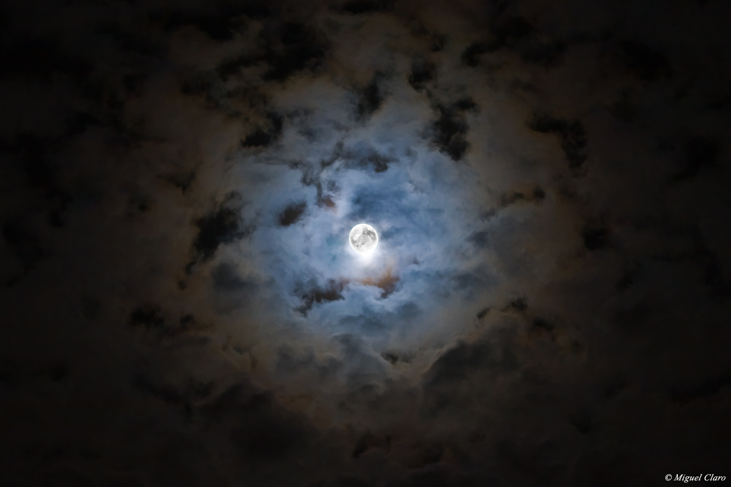 11/05/09: Halloween's Moon HaloWinMoon48_claro