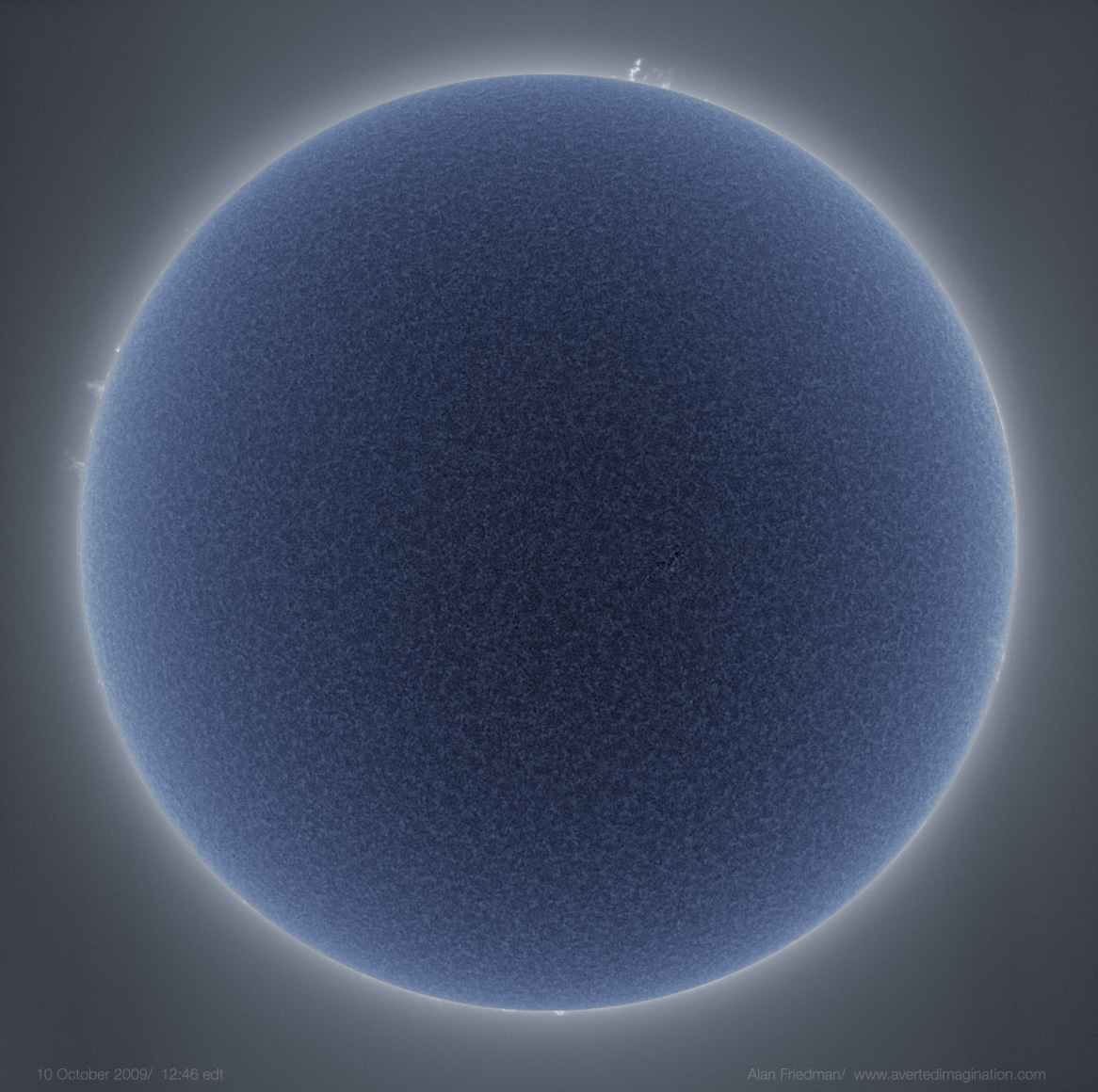 http://apod.nasa.gov/apod/image/0911/bluesun_friedman_big.jpg