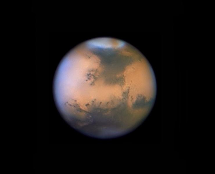 图片说明:火星上的沙尘暴,版权:Jean-Luc Dauvergne, Francois Colas, IMCCE/S2P, Obs. Midi-Pyrénées