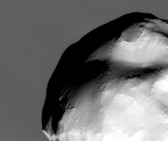 La luna Helena de Saturno desde Cassini