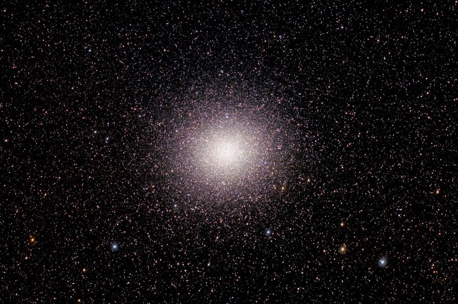 Millones de estrellas en Omega Centauri