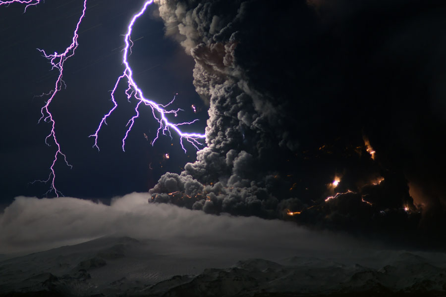 Icelandic volcano eruption complete with ash lava and lightning