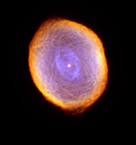 うさぎ座の惑星状星雲IC418