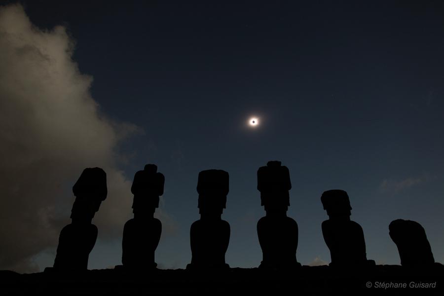 Eclipse en la Isla de Pascua