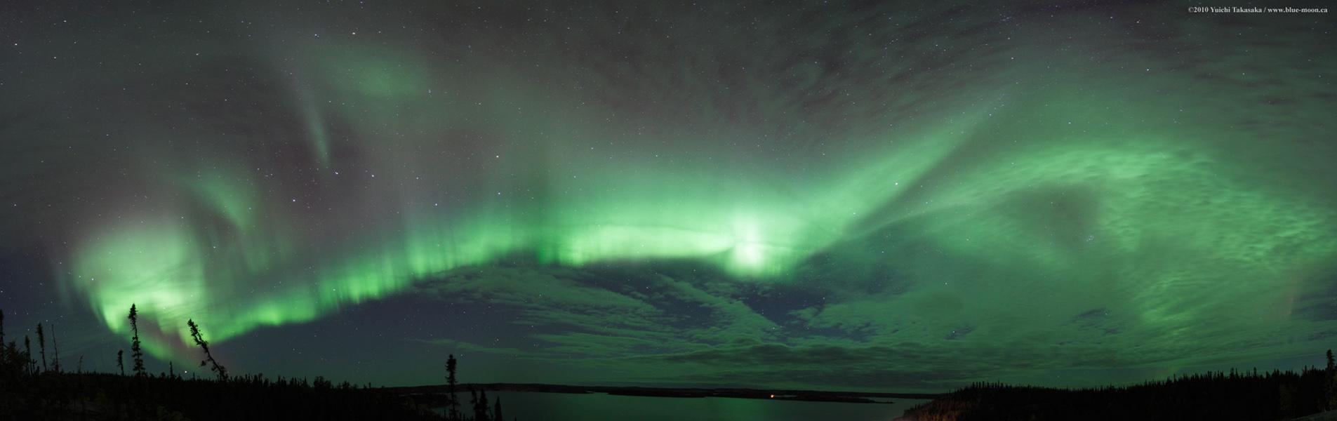 Aurora Polar sobre el Lago Preludio