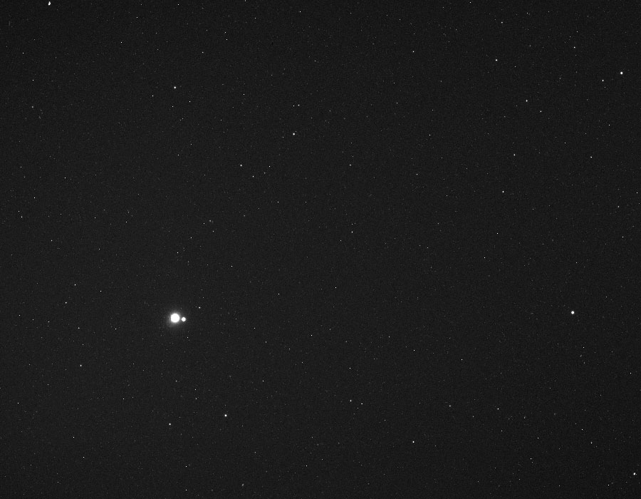 Země a Měsíc ze sondy MESSENGER