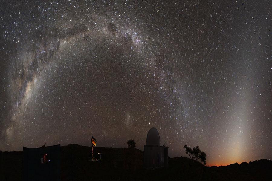 Luz Zodiacal sobre Namibia